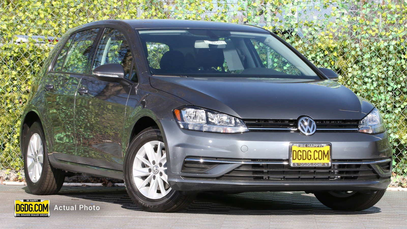 New 2019 Volkswagen Golf S