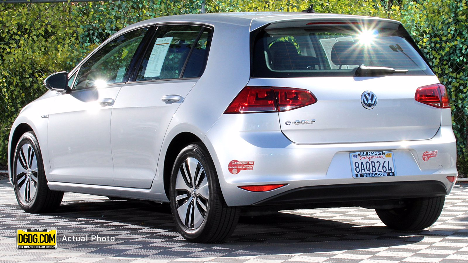 Certified Pre-Owned 2016 Volkswagen e-Golf SE
