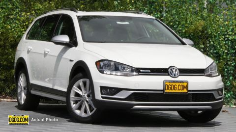 Golf Alltrack SE AWD Station Wagon